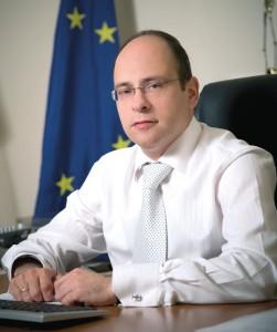 L. Lazarov