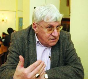 prof.-Andrei-Pantev-1