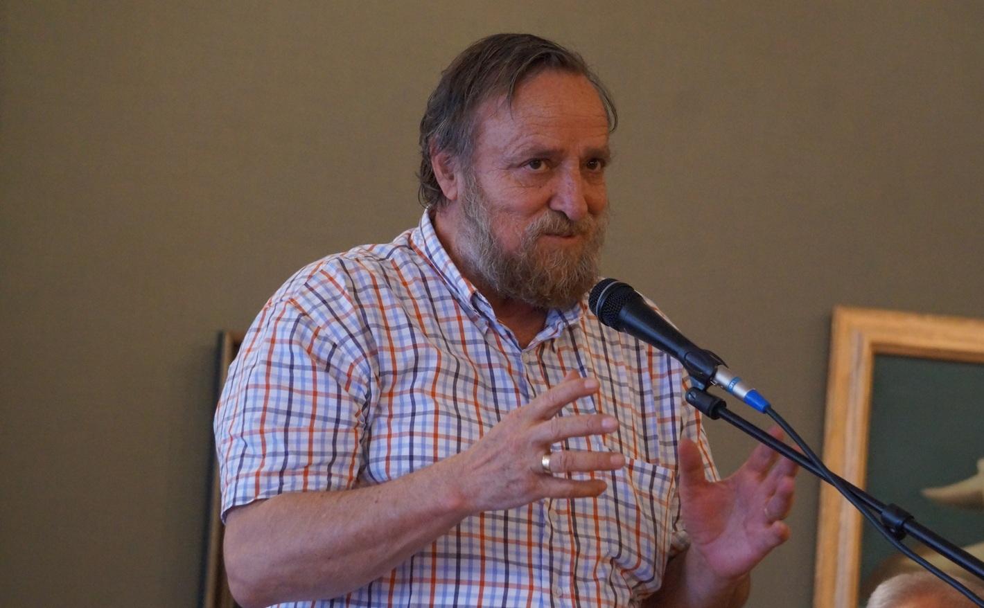 Коментарът на  Любомир Котев: Политическото шушукане