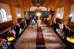 1 170 годни от създаването на храма